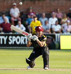 Somerset's James Hildreth ducks under a bouner<br /> <br /> Photographer Simon King/Replay Images<br /> <br /> Vitality Blast T20 - Round 1 - Somerset v Gloucestershire - Friday 6th July 2018 - Cooper Associates County Ground - Taunton<br /> <br /> World Copyright © Replay Images . All rights reserved. info@replayimages.co.uk - http://replayimages.co.uk