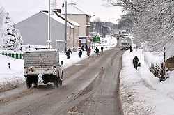 © under license to London News Pictures. Slowly does it! Thraffic and people gingerly make their way along the A61 in Clay Cross Chesterfield Derbyshire. Traffic chaos and closed schools are result of the worst November weather in the United Kingdom for many years.Photographer: Lee Durant.Date: 01/12/10