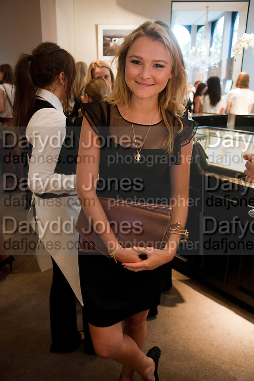 AMBER ATHERTON,  Vogue Fashion night out.- Alexandra Shulman and Paddy Byng are host a party  to celebrate the launch for FashionÕs Night Out At Asprey. Bond St and afterwards in the street. London. 8 September 2011. <br />  <br />  , -DO NOT ARCHIVE-© Copyright Photograph by Dafydd Jones. 248 Clapham Rd. London SW9 0PZ. Tel 0207 820 0771. www.dafjones.com.<br /> AMBER ATHERTON,  Vogue Fashion night out.- Alexandra Shulman and Paddy Byng are host a party  to celebrate the launch for Fashion's Night Out At Asprey. Bond St and afterwards in the street. London. 8 September 2011. <br />  <br />  , -DO NOT ARCHIVE-© Copyright Photograph by Dafydd Jones. 248 Clapham Rd. London SW9 0PZ. Tel 0207 820 0771. www.dafjones.com.