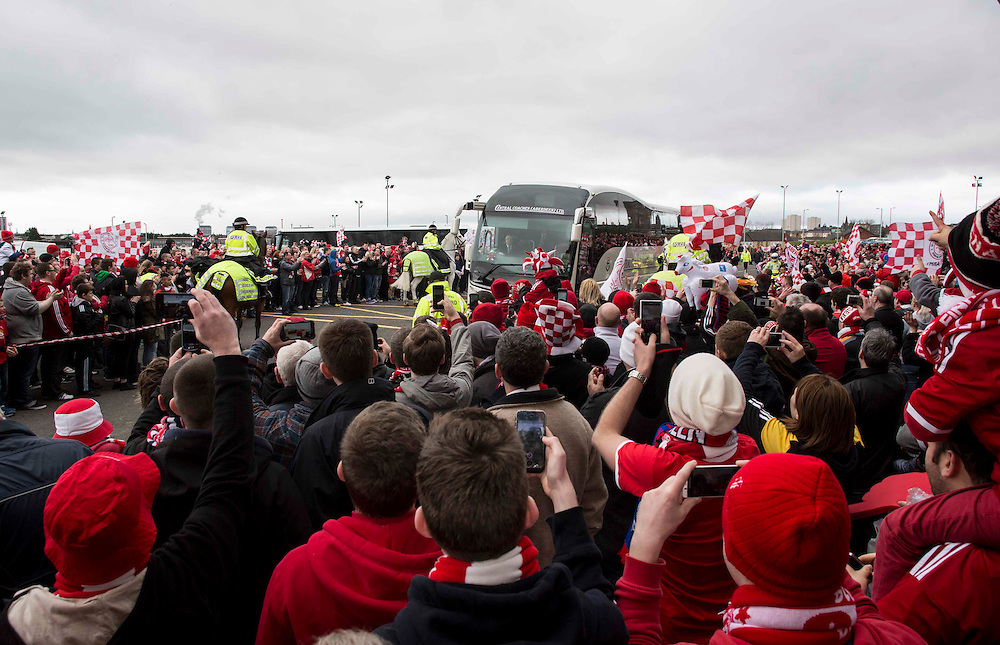 Scottish League Cup Final Aberdeen V Inverness CT at Parkhead on Sunday, 16th of March 2014, Aberdeen Scotland.<br /> Pictured: Aberdeen Team bus arrives <br /> (Photo Ross Johnston/Newsline Scotland)