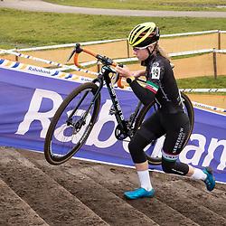 11-01-2020: Wielrennen: NK Veldrijden: Rucphen <br />Lauren Molengraaf