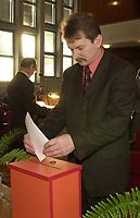 Bialystok, 11.2002. N/z Krzysztof Tolwinski polityk PSL-Piast kandydat PiS na wiceministra Skarbu fot Michal Kosc / AGENCJA WSCHOD