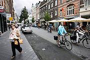 Winkelend verkeer in Maastricht