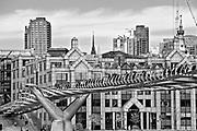 Londyn, 2009-03-05. Milenium Bridge
