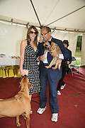 BRUCE OLDFIELD AND ELIZABETH HURLEY,  Sixth Macmillan Dog Day for Macmillan Cancer Support, Supported by Savills. Royal Hospital Chelsea, London, SW3. 3 July 2007. -DO NOT ARCHIVE-© Copyright Photograph by Dafydd Jones. 248 Clapham Rd. London SW9 0PZ. Tel 0207 820 0771. www.dafjones.com.