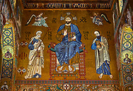Medieval Byzantine style mosaics of Christ Pantocrator on the end of the main aisle, the Palatine Chapel, Cappella Palatina, Palermo, Italy .<br /> <br /> If you prefer you can also buy from our ALAMY PHOTO LIBRARY  Collection visit : https://www.alamy.com/portfolio/paul-williams-funkystock/byzantine-art-antiquities.html . Type -    Palatine     - into the LOWER SEARCH WITHIN GALLERY box. Refine search by adding background colour, place, museum etc<br /> <br /> Visit our BYZANTINE MOSAIC PHOTO COLLECTION for more   photos  to download or buy as prints https://funkystock.photoshelter.com/gallery-collection/Roman-Byzantine-Art-Artefacts-Antiquities-Historic-Sites-Pictures-Images-of/C0000lW_87AclrOk