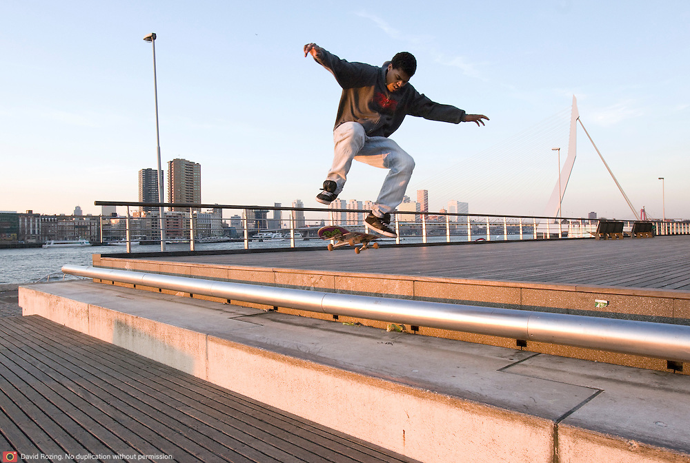 Nederland Rotterdam 20 maart 2009 20090320 Foto: David Rozing ..Skaters op kop van Zuid Holland, The Netherlands, dutch, Pays Bas, Europe ..Foto: David Rozing