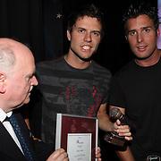 NLD/Uitgeest/20080116 - Uitreiking Popularitiets award Noord Holland 2008, Nick en Simon en Henk Geels