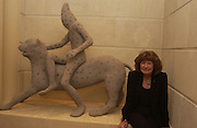 Artist, Irmgard Sigg with her lion. Art Review party and Launch of the Lexmark European Art prize, Partk Hyatt, Paris. 27 October 2002. © Copyright Photograph by Dafydd Jones 66 Stockwell Park Rd. London SW9 0DA Tel 020 7733 0108 www.dafjones.com