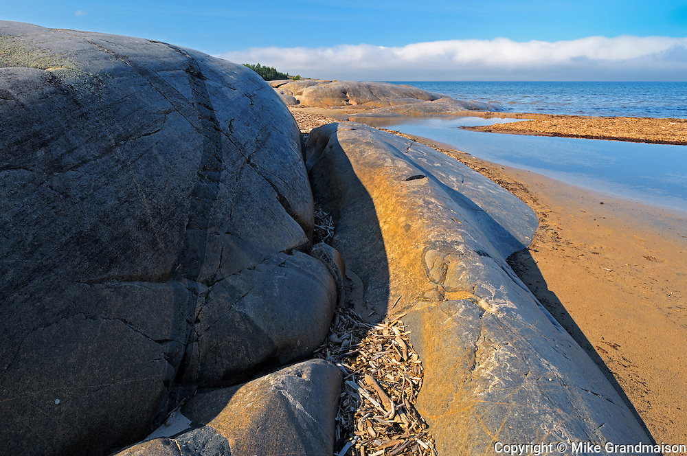 North Shore of Lake Superior at Prisoner's Cove<br /> Neys Provincial Park<br /> Ontario<br /> Canada