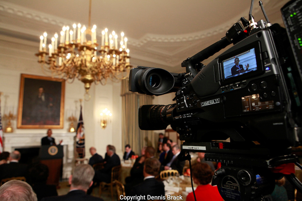 President Barack Obama delivers remarks and takes questions from the National Governors Association in the State Dining Room of the White Houseon February 22,2016.   photo by Dennis Brack