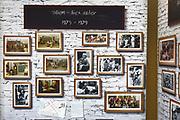 Koning Willem Alexander opent De Nieuwe Baarnsche School. De Koning heeft in zijn kinderjaren 6 jaar op deze school gezeten.(oude locatrie)<br /> <br /> King Willem Alexander opens New Baarnsche School. The King has been in his childhood 6 years at this school.(old location)