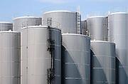 Nederland, Nijmegen, 24-7-2013<br /> Opslagtanks,silos, bij het afvalverwerkingsbedrijf Dusseldorp.<br /> Foto: Flip Franssen/Hollandse Hoogte