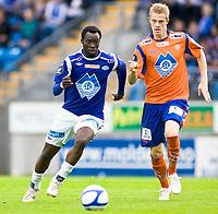Fotball, <br /> 03.07.2011 , <br /> Tippeligaen  ,<br /> Eliteserien ,<br /> Molde - Aalesund 4-2    ,<br /> Aker stadion ,  <br />  Petter orry larsen - aalesund<br /> Davy angan - molde              <br /> Foto: Richard brevik , Digitalsport