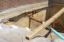 UConn Steam and Condensate Line and Vault Replacement Project. Task No.:001 Construction Progress Documentation on 15 June 2016