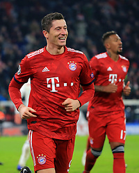 27.11.2018, Champions League  Saison 2018/ 2019, . Bayern vs Benfica Lissabon, Allianz Arena, Muenchen, Sport, im Bild:..Robert Lewandowski (FCB) jubelt..DFL REGULATIONS PROHIBIT ANY USE OF PHOTOGRAPHS AS IMAGE SEQUENCES AND / OR QUASI VIDEO...Copyright: Philippe Ruiz..Tel: 089 745 82 22.Handy: 0177 29 39 408.e-Mail: philippe_ruiz@gmx.de. (Credit Image: © Philippe Ruiz/Xinhua via ZUMA Wire)