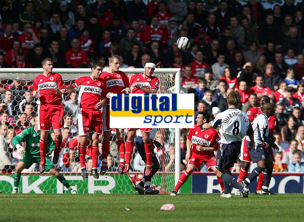 Photo: Andrew Unwin.<br />Middlesbrough v West Ham United. The Barclays Premiership. 17/04/2006.<br />West Ham's Teddy Sherringham (#8) bends a free-kick over the Middlesbrough wall.