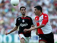 Photo: Maarten Straetemans.<br /> Feyenoord v Liverpool. Rotterdam Tournament. 05/08/2007.<br /> Alvaro Arbeloa (Liverpool) looks at Roy Makaay of Feyenoord