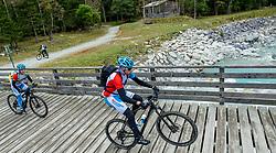 13-09-2017 FRA: BvdGF Tour du Mont Blanc day 4, Trient<br /> Van Chamonix naar Trient. <br /> Jeroen, Maartje