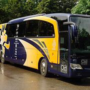 NLD/Hoenderloo/20060530 - Nieuwe bus voor het Nederlands Elftal, knvb, met namen sponsoren