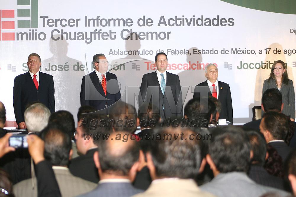 Atlacomulco, Mex.- Emilio Chuayffet Chemor, diputado federal, presentó su tercer informe de labores en donde anunció su retiro de la política. Agencia MVT / José Hernández.