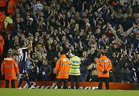 20/11/2004 - FA Barclays Premiership - Arsenal v  - West Bromich Albion - HIghbury Stadium, London<br />West Bromich Albion's goalscorer Robert Earnshaw applaudes the celebrating away fans at the end of the match<br />Photo:Jed Leicester/Back Page Images