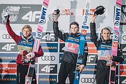 04.01.2020, Bergiselschanze, Innsbruck, AUT, FIS Weltcup Skisprung, Vierschanzentournee, Innsbruck, Siegerehrung, im Bild v.l.: 2. Platz Dawid Kubacki (POL), 1. Platz Marius Lindvik (NOR), 3. Platz Daniel Andre Tande (NOR) // f.l.: 2nd placed Dawid Kubacki of Poland Winner Marius Lindvik of Norway 3nd placed Daniel Andre Tande of Norway during the winner Ceremony for the Four Hills Tournament of FIS Ski Jumping World Cup at Bergiselschanze in Innsbruck, Austria on 2020/01/04. EXPA Pictures © 2020, PhotoCredit: EXPA/ Dominik Angerer
