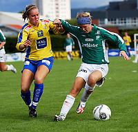 Fotball Toppserien, Trondheims-Ørn - Klepp 0-0,<br /> Marie Bakke, Klepp mot Marianne Paulsen, Ørn<br /> Foto: Carl-Erik Eriksson, Digitalsport
