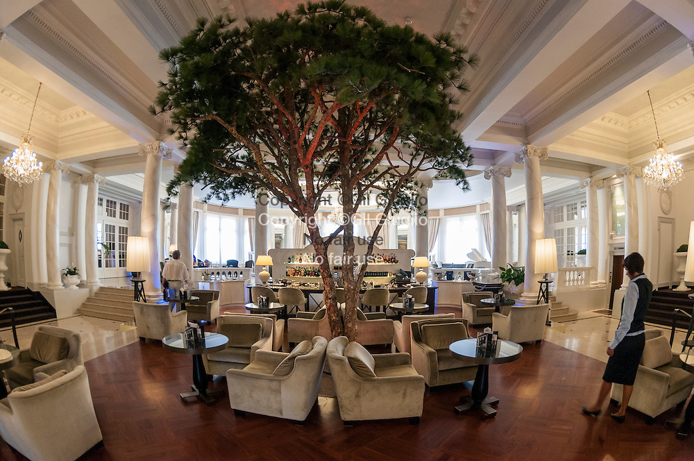 Suisse, canton de Vaud, Lausanne, bar lobby reception du Lausanne Palace et Spa // Switzerland, canton of Vaud, bar of the lobby reception in Lausanne Palace & Spa