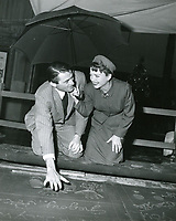 1949 Gregory Peck hand and footprint ceremony