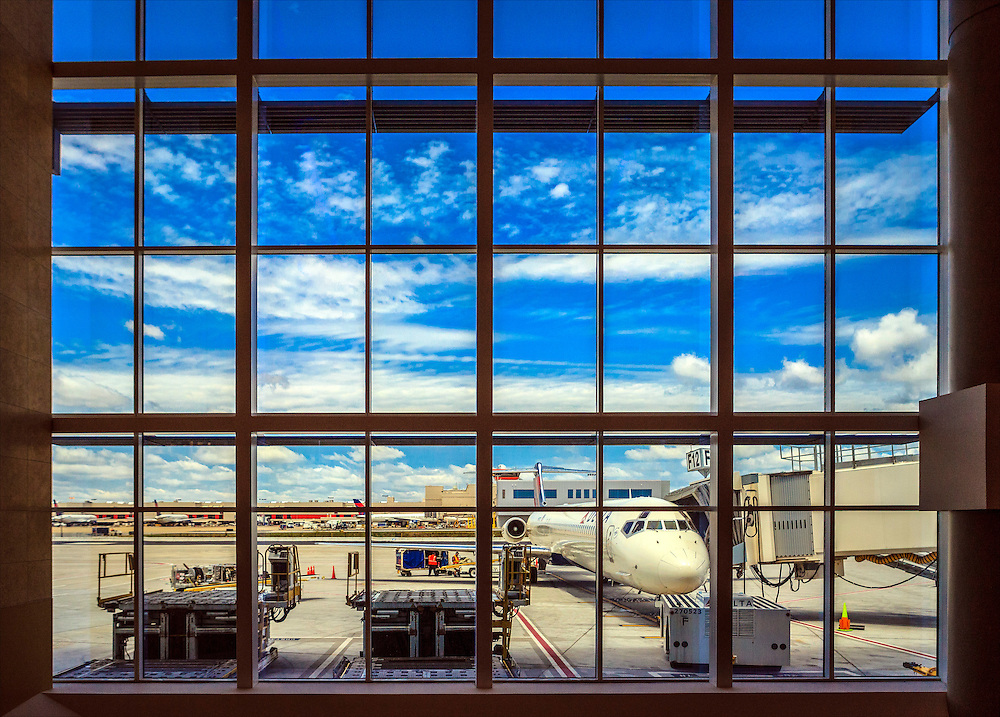 International concourse at Hartsfield-Jackson Atlanta International Airport.