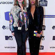 NLD/Amsterdam/20181029 - MTV pre party 2018, Mandy Woelkens (R) en vriendin ............