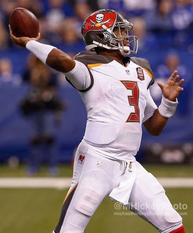 INDIANAPOLIS, IN - NOVEMBER 29 : Jameis Winston #3 of the Tampa Bay Buccaneers drops back to pass against the Indianapolis Colts at Lucas Oil Stadium on November 29, 2015 in Indianapolis, Indiana. Indianapolis defeated Tampa Bay 25-12. (Photo by Michael Hickey/Getty Images) *** Local Caption *** Jameis Winston