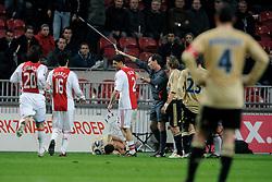 18-03-2009 VOETBAL: UEFA CUP: AJAX - OLYMPIQUE MARSEILLE: AMSTERDAM<br /> Ajax speelt gelijk, 2-2 in de verlenging, en is uitgeschakeld in Europa / Rood voor Bruno Silva<br /> ©2009-WWW.FOTOHOOGENDOORN.NL