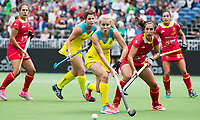BRUSSEL - Stephanie Kershaw (Aus.) with Julia PONS (SPA)      during AUSTRALIA v SPAIN , Fintro Hockey World League Semi-Final (women) . COPYRIGHT KOEN SUYK