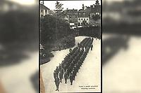 Skauti u paradi prigodom kraljevog imendana.  <br /> <br /> ImpresumZagreb : Naklada R. Mosinger, [192-].<br /> Materijalni opis1 razglednica : tisak ; 13,8 x 9 cm.<br /> NakladnikSvjetlotiskarski zavod R. Mosinger<br /> Mjesto izdavanjaZagreb<br /> Vrstavizualna građa • razglednice<br /> ZbirkaGrafička zbirka NSK • Zbirka razglednica<br /> Formatimage/jpeg<br /> PredmetZagreb –– Kaptol<br /> Nadbiskupski dvor (Zagreb)<br /> SignaturaRZG-KAP-3<br /> Obuhvat(vremenski)20. stoljeće<br /> NapomenaRazglednica nije putovala.<br /> PravaJavno dobro<br /> Identifikatori000954443<br /> NBN.HRNBN: urn:nbn:hr:238:709685 <br /> <br /> Izvor: Digitalne zbirke Nacionalne i sveučilišne knjižnice u Zagrebu