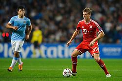 Bayern Midfielder Toni Kroos (GER) in action during the second half of the match - Photo mandatory by-line: Rogan Thomson/JMP - Tel: Mobile: 07966 386802 - 02/10/2013 - SPORT - FOOTBALL - Etihad Stadium, Manchester - Manchester City v Bayern Munich - UEFA Champions League Group D.