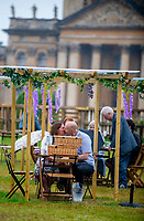 Picnic at the Palace at  Blenheim Palace ,woodstock oxfordshire 15 aug 2020 Photo by Brian Jordan