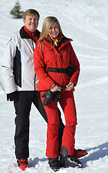 22.02.2016, Lech, AUT, Fototermin mit der Niederländischen Königsfamilie in Lech am Arlberg, im Bild Hollands König Willem-Alexander und Königin Maxima // Dutch King Willem-Alexander and Queen Maxima pose for photographers during a photo session in the Austrian skiing resort of  in Lech, on Monday, Feb. 22, 2016. The Dutch Royal family is currently spending their winter vacation in the western Austrian province of Vorarlberg. Lech, Austria on 2016/02/22. EXPA Pictures © 2016, PhotoCredit: EXPA/ Stringer