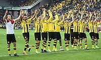 Schlussjubel v.l. Andre Schuerrle, Pierre-Emerick Aubameyang, Julian Weigl (Dortmund)<br /> Dortmund, 04.03.2017, Fussball Bundesliga, Borussia Dortmund - Bayer 04 Leverkusen<br /> Norway only