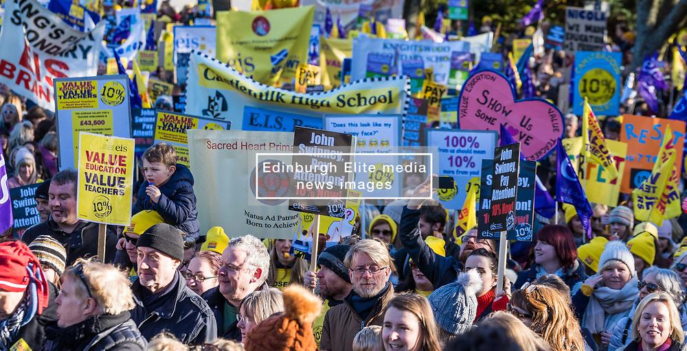 Teachers in the EIS teaching union campaign for a 10% pay rise in Kelvingrove Park, Glasgow (c) Ross Eaglesham| Edinburgh Elite media