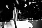 Sgombero di profughi accampati da giorni in largo Guido Mazzoni nelle immediate vicinanza della stazione Tiburtina. I migranti provengono principalmente da Etiopia, Somalia ed Eritrea, arrivando negli ultimi mesi su imbarcazioni dalla Libia. Roma 11 giugno 2015.  Christian Mantuano / OneShot <br /> <br /> Evacuation of refugees camped for days in Guido Mazzoni place near the Tiburtina station. The migrants came mainly from Ethiopia, Somalia and Eritrea in recent months on boats coming from Libya. Rome 11 June 2015. Christian Mantuano / OneShot