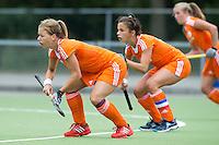EINDHOVEN - zaterdag bij de oefenwedstrijd tussen het Nederlands team van Jong Oranje Dames en dat van de Vernigde Staten. Volgende week gaat het WK-21 in Duitsland van start. FOTO KOEN SUYK