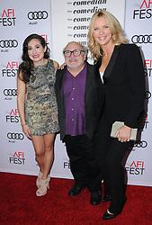 Lucy DeVito, Danny DeVito, Veronika Ferres bei der The Comedian Premiere in Los Angeles / 111116 ***The Comedian premiere, Los Angeles, 11 Nov 2016 ***