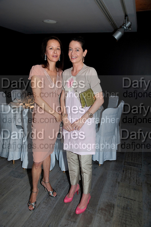 ALMINE RUIZ-PICASSO; CORINNE FLICK; , Dinner hosted by Julia Peyton-Jones and Hans Obrist for the Council of the Serpentine to celebrate: Jeff Koons, Popeye Series. Paramount Club, Paramount Centre Point. London. 30 June 2009