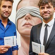 NLD/Zwolle20150917 - CD presentatie Open van Nick & Simon en expositie opening, Nick Schilder en Simon Keizer met hun nieuwste cd