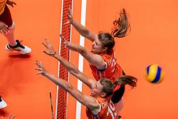 28-05-2019 NED: Volleyball Nations League Netherlands - Brazil, Apeldoorn<br /> <br /> Eline Timmerman #31 of Netherlands, Nika Daalderop #19 of Netherlands