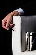 """La mano destra di Mariastella Gelmini durante il """"Forum Evoluzioni"""" dei Giovani della<br /> Confcommercio, Roma 5 ottobre 2014.  Christian Mantuano / OneShot"""