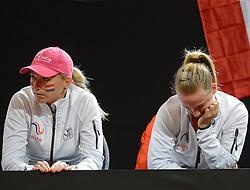 07-02-2015 NED: Fed Cup Nederland - Slowakije, Apeldoorn<br /> Richel Hogenkamp en Michaëlla Krajicek