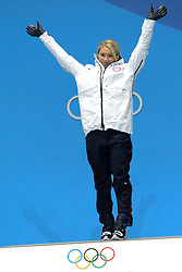 February 15, 2018 - Pyeongchang, South Korea - MIKAELA SHIFFRIN of the United States celebrates getting the goldr medal for the Ladies' Giant Slalom event in the PyeongChang Olympic games. (Credit Image: © Christopher Levy via ZUMA Wire)